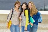 Glad grupp studenter — Stockfoto