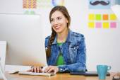 Casual business woman — Stock Photo