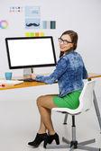 Žena pracující na stůl — Stock fotografie
