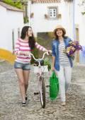 Female tourists — Stock Photo