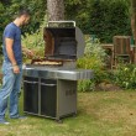 Man cooking — Stock Photo #51925179