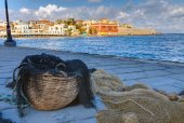Fishing net in the port of Chania — Stock Photo