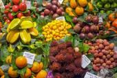 Exotic fruits at the Boqueria — Stock Photo