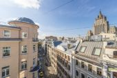 Moscow Street in the historic center of the city — 图库照片