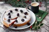 English Trifle Filled Pie — Stock Photo