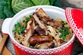 Stewed Cabbage With Roasted Meat — Stock Photo
