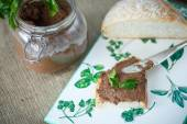 Homemade liver pate with bread — Stock Photo