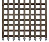 Starobylé dřevěné brány pruhy izolované na bílém — Stock fotografie