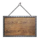 Escudo de madeira medieval ou sinal com armação de metal — Fotografia Stock