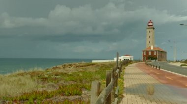 Lighthouse at Sao Pedro de Moel in Portugal — Stock Video