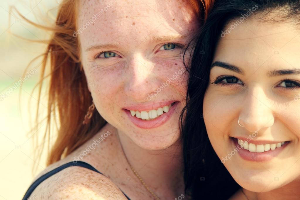 Copines adolescentes copines adolescentes candides