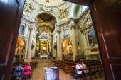 Interiors of church in Bologna — Stock Photo