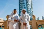 Buildings and people in Dubai, UAE — Stockfoto