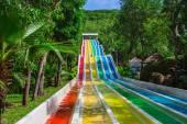 Colorido tobogán de parque acuático de Vinpearl — Foto de Stock