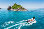 Dive boat in a tropical sea — Stock Photo