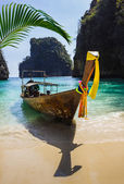 タイの海でボート — ストック写真