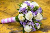 A beautiful bridal bouquet at a wedding party — Стоковое фото