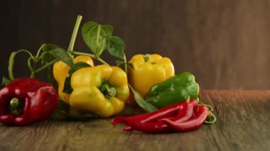 Colored bell peppers — Stock Video
