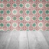 Wood table top and blur  ceramic tile pattern — Fotografia Stock
