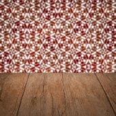 木桌顶和模糊瓷砖模式 — 图库照片