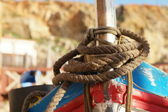 Close up Old Brown Rope Tie on a Boat — Stockfoto