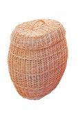 Big straw basket with lid. Isolated. — Stock Photo