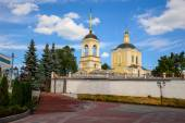 Church of the Resurrection built in 1741. The Orthodox Church in Bryansk — Stock Photo