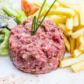 Tasty Steak tartare (Raw beef) — 图库照片