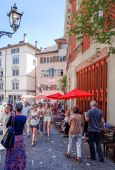 Traditional old buildings in Zurich — Stock Photo