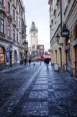 プラハの伝統的な古い建物の美しいストリート ビュー — ストック写真