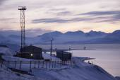 Barentsburg - Russian village on Spitsbergen — Stock Photo
