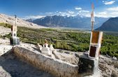 Nubra valley from roof of royal castle — Stock Photo