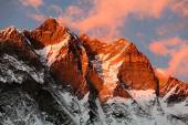 Evening view of Lhotse and clouds on the top — Stock Photo