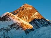Evening view of Mount Everest from Kala Patthar — Stockfoto