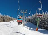 Chair lift on Mount Serak for downhill skiers — Stock Photo