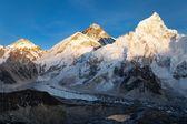 Abendblick des Mount Everest von Kala Pattar — Stockfoto