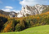 Autumnal view from Sulov rockies - sulovske skaly — Stock Photo