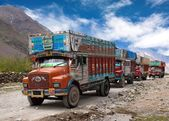 Colorful trucks brand TATA in Indian Himalayas — Stock Photo