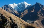 View of Portse village, mount cholatse and Tabuche peak — Stock Photo