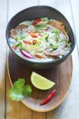 Pho bo, rice noodle soup with sliced beef — Stock Photo