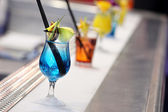Blue drink at the frosted bar — Stockfoto