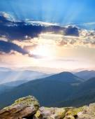 Majestic Sunrise over the mountains  with sunbeams - vertical — Stock Photo