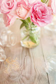 Light vertical background retro with roses  — Zdjęcie stockowe