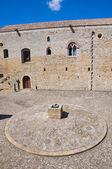 Lagopesole slott. basilicata. italien. — Stockfoto