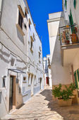 Alleyway. Fasano. Puglia. Italy. — Stock Photo