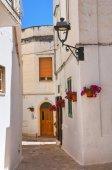 Alleyway. Fasano. Puglia. Italy. — Stock Photo
