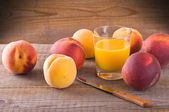 Peach juice. — Stock Photo