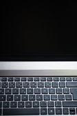 现代笔记本电脑键盘微距拍摄 — 图库照片