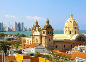 Historic center of Cartagena, Colombia with the Caribbean Sea — Stock Photo