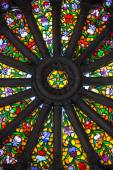 Magnificent stained glass in Quito Basilica — ストック写真